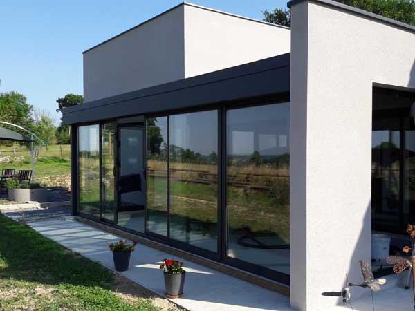 raberin-verandas-pergolas-stores-porte-fenetres-volets-portails-porte-garage-09